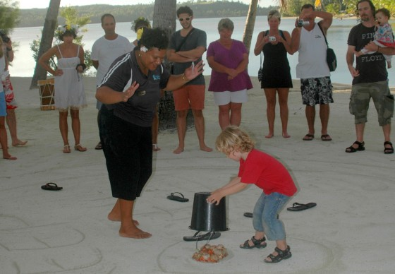 crab racing at Aitutaki Lagoon Resort