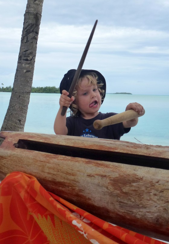 log drum lessons at Aitutaki Lagoon Resort