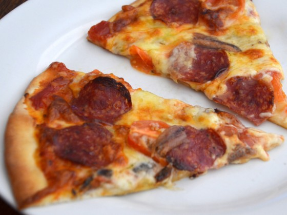 slice of pizza diavola