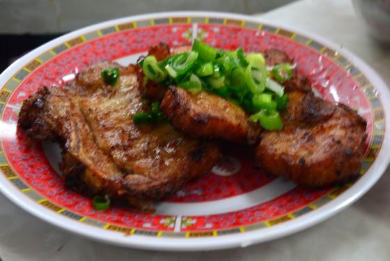 fried pork chops at Pho tau Bay