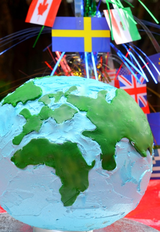 kids around the world party cake