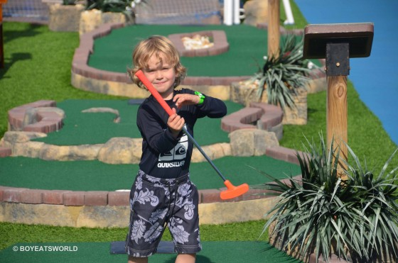 Mini-golf champ, Raffles, on Carnival Spirit