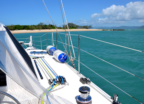 Sailing the Whitsundays with Queensland Yacht Charters