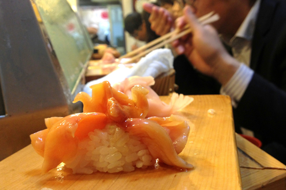 The most incredible fresh sushi you'll ever find in Tsukiji Fish Market, Tokyo