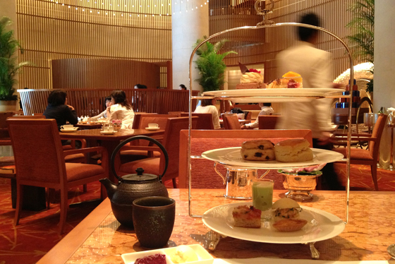 Afternoon tea at the Penisnula Tokyo