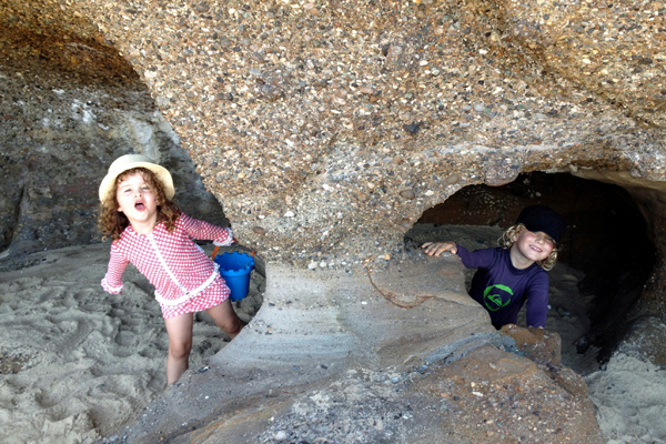 Caves Beach kids