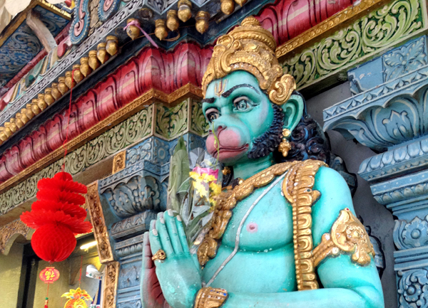 This guy! At the Sri Krishnan Hindu Temple SIngapore #escapers15