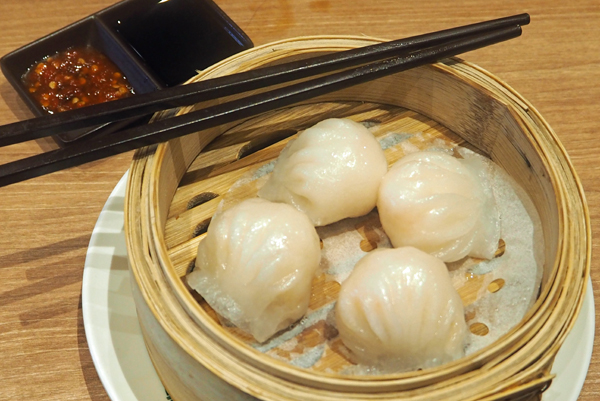 Prawn dumplings at Tim Ho Wan Chastwood