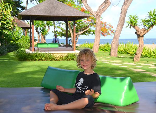 Chilling at Holiday Inn Baruna Bali
