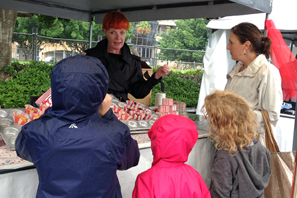 Tawnya and the kids learn about Rowir's glute-free goodies at Pyrmont Farmers Market