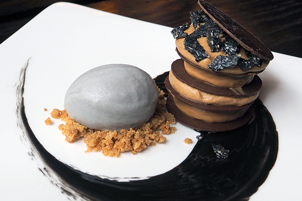 sesame and cramalised white chocolate dessert at Sokyo