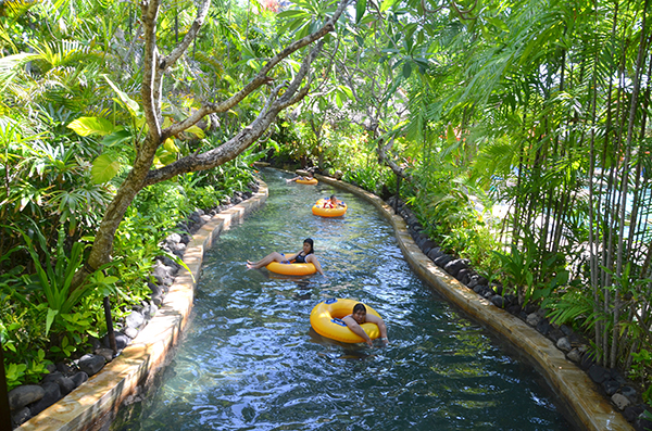 waterbom bali - lazy river