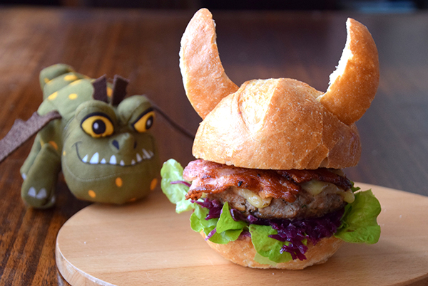 How to Train your Dragon Viking Burger