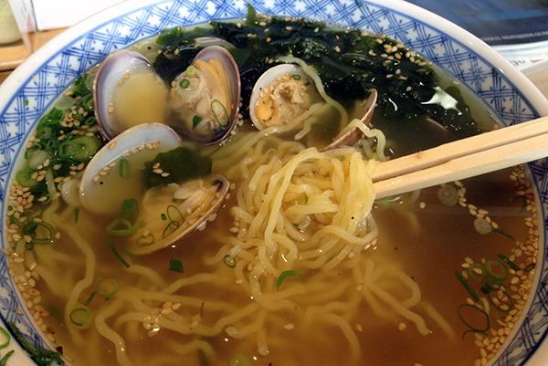 Clam noodle soup at Toba