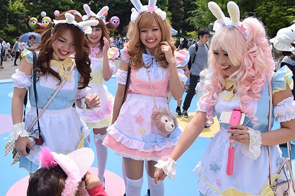 Making new friends at Universal Studios Japan