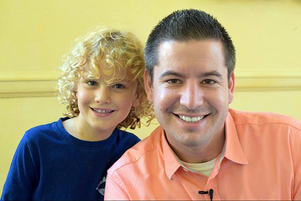 Raffle and Lunchbox Dad Beau Coffron