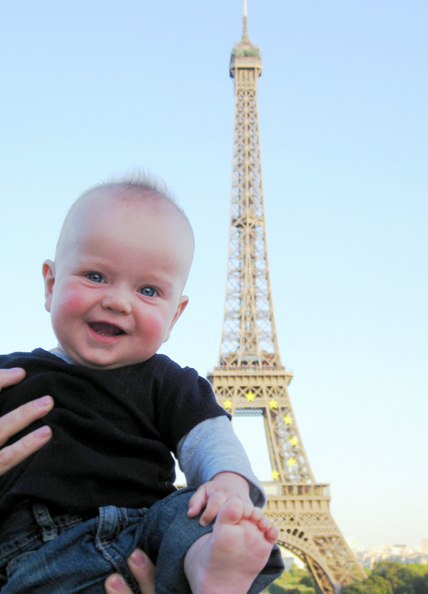 Worst Travel Advice - Avoid the tourist traps. Raffles at the Eiffel Tower