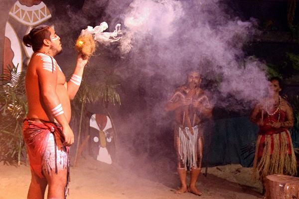 Indigenous performer at Tjapukai NIghtfire