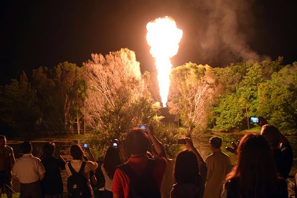 An exploding fireball marks dinnertime at Tjapukai