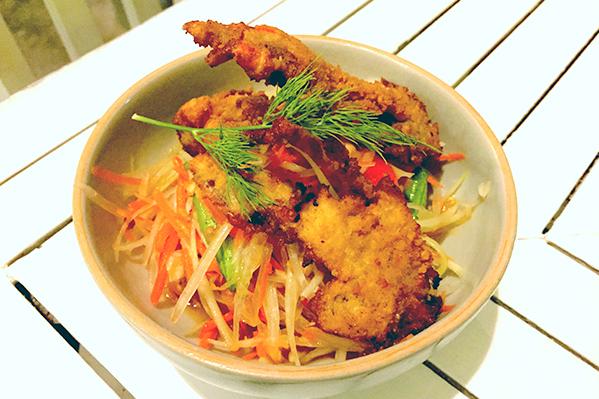 Papaya and soft shell crab salad at suay