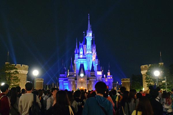 Tokyo Disneyland by night