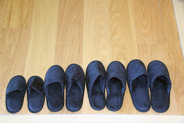 family size slippers - Aman Tokyo with kids