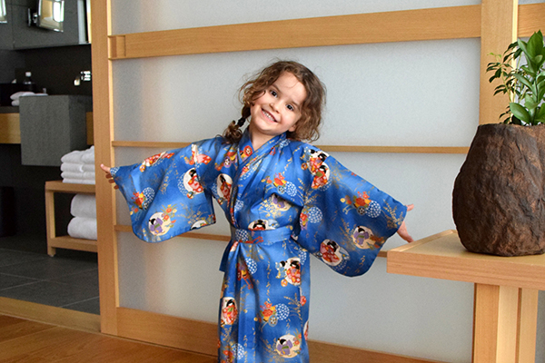 Sugarpuff modelling her new Japanese Kimono style PJ's at Aman Tokyo