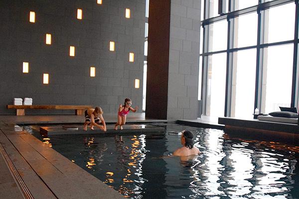 splashing in the pool - Aman Tokyo with kids