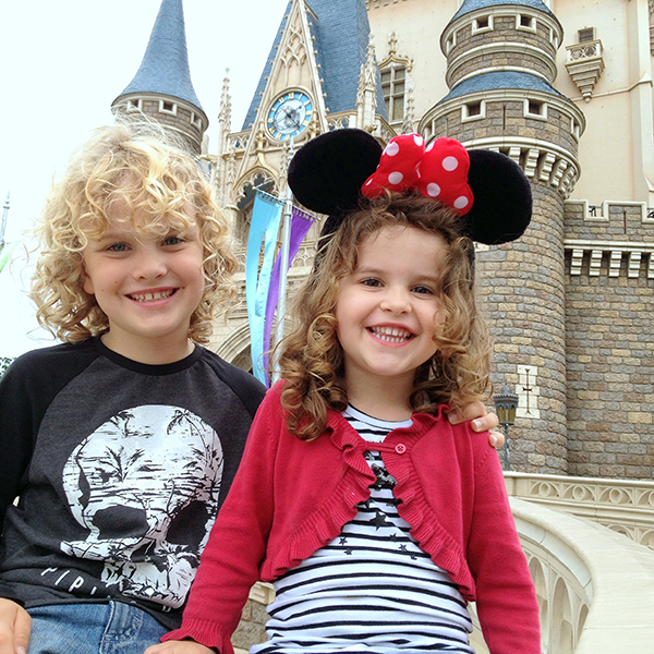 Things to do in Tokyo with Kids: Tokyo Disneyland with kids