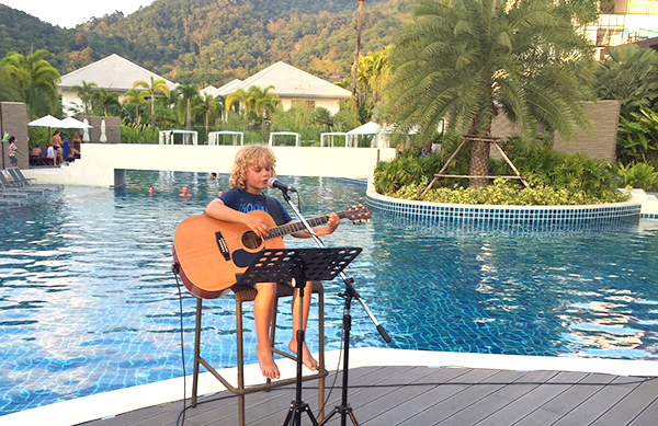 Raffles rocks Novotel Karon Beach Resort & SPa