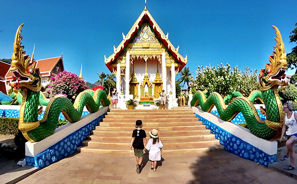 The kids at stunning Wat Suwan Khiri Khet, Karon Temple, Phuket