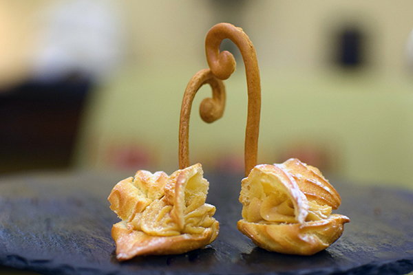 Salted caramel pastry swans at Radisson Blu Plaza Hotel Sydney