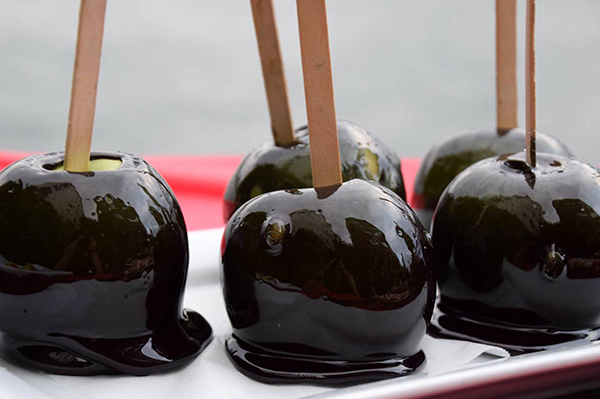 Poison Toffee Apples for Halloween