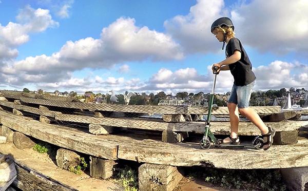 Exploring Cockatoo island on a Micro Rocket