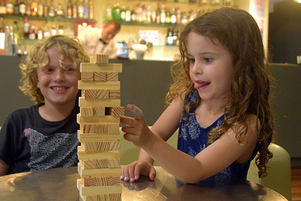 Crowne Plaza Hunter Valley with kids: Jenga by the bar