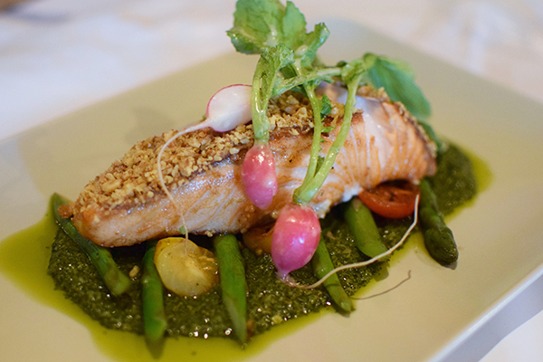 walnut crusted salmon at Palette DIning