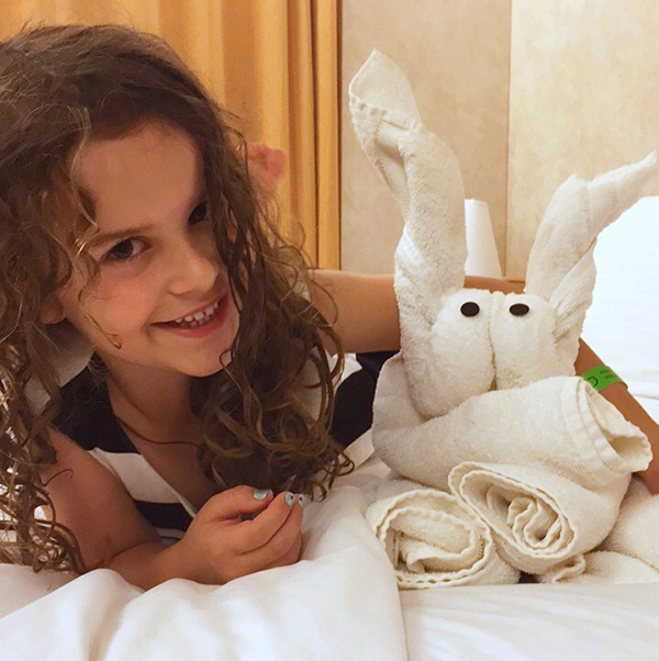 Towel Animals: Carnival Spirit by Kids