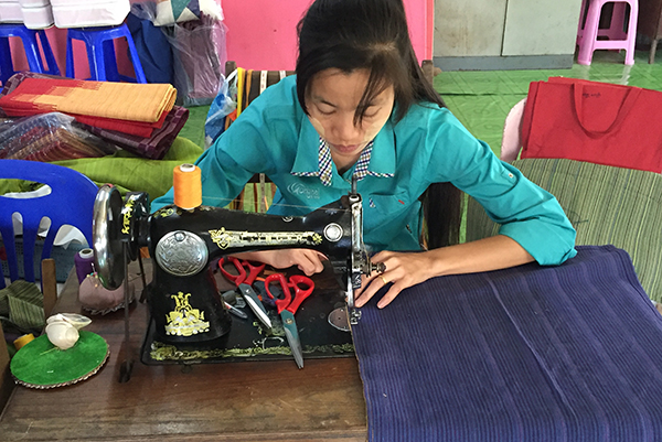 Solidarity Accor and FXB International are working to empower underprivileged young Burmese women with basic education, vocational training and income-generating skills.