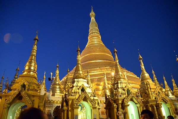 Shwedagon Temple, Yangon #escapers17