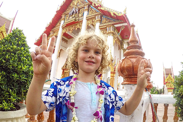 Phuket by kids: Wat Chalong