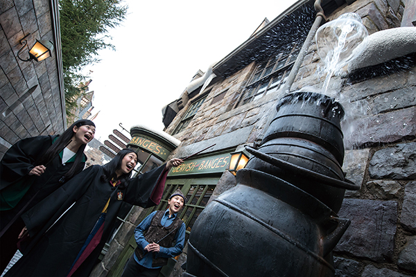 Wand Magic at The Wizarding World of Harry Potter at Universal Studios Japan