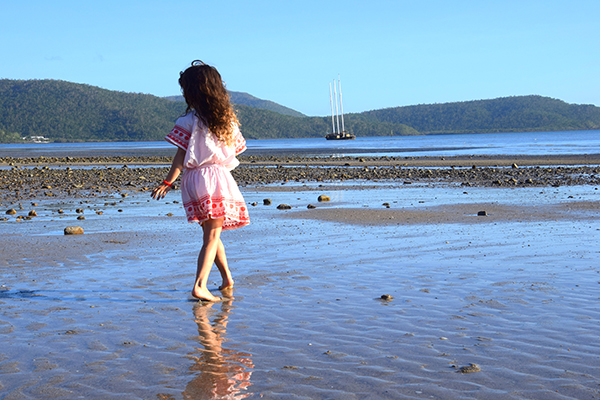 Cannonvale Beach: Whitsunday Islands by Kids