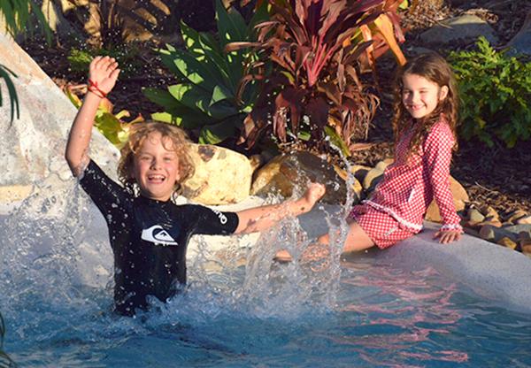 Mantra Club Croc with Kids