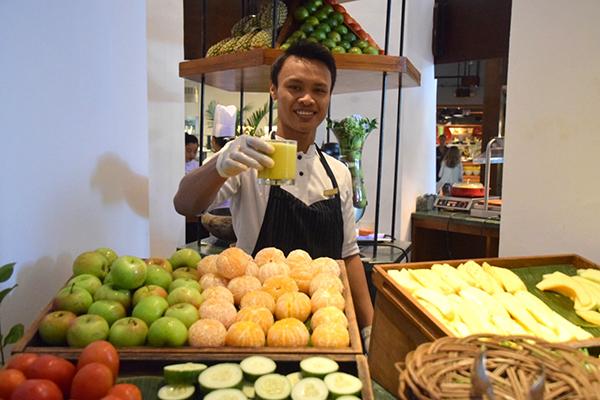 Fresh juice at Kwee-Zeen, Sofitel Bali Nusa Dua