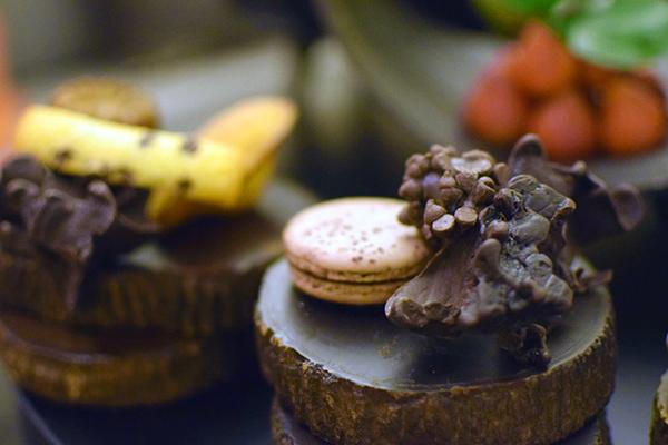 CHocolates await in our room at SOfitel Bali Nusa Dua