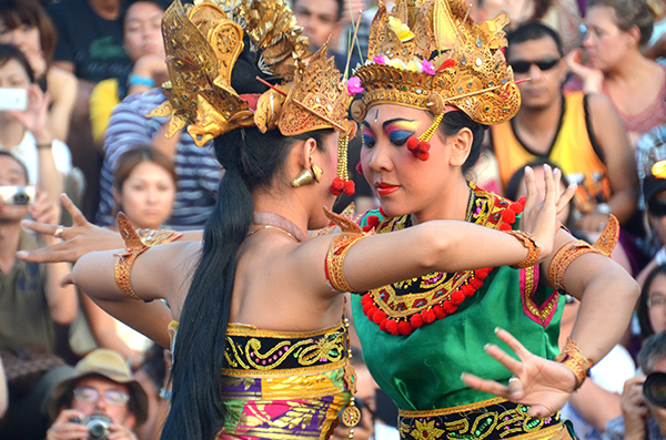 Bali by kids: Kecak dancers