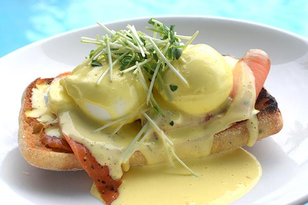 Eggs Benedict, Salt Cafe, Mackay
