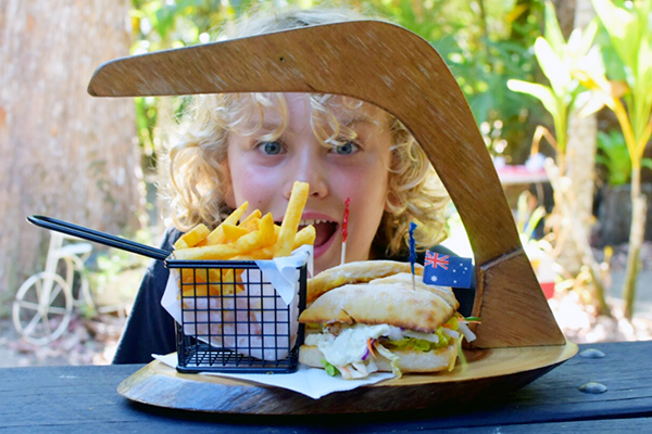 Croc Burger, Platypus Lodge Restaurant, Mackay