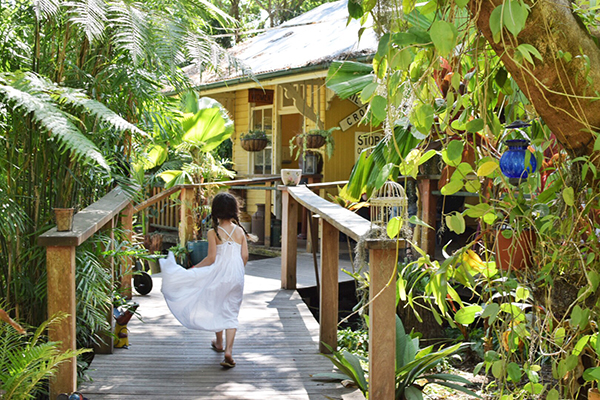 The Old Station Tea House Cape Hillsborough with kids