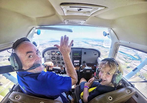 Mackay by Kids, Flying with Regional Air Queensland